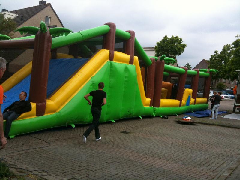 Stormbaan Jungle Run - HuurDeTenT.nl